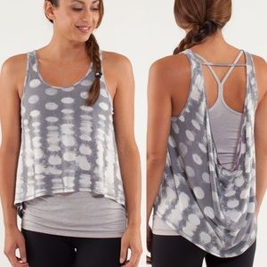 Lululemon Wandering Yogi Tank Seaside Dot B521